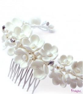 Semicorona de flores de porcelana para novia