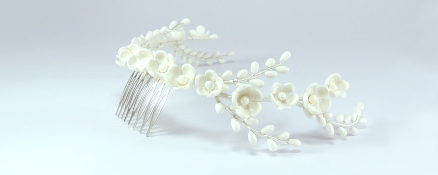 Maravillosa corona de porcelana para novia
